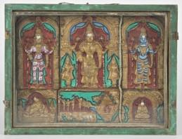 Museo Civico Medievale - teca con divinità hinduiste (f. Mario Guglielmo)