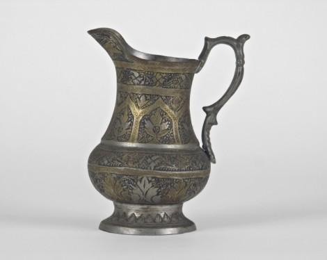 Museo Civico Medievale - brocca (f. Mario Guglielmo)